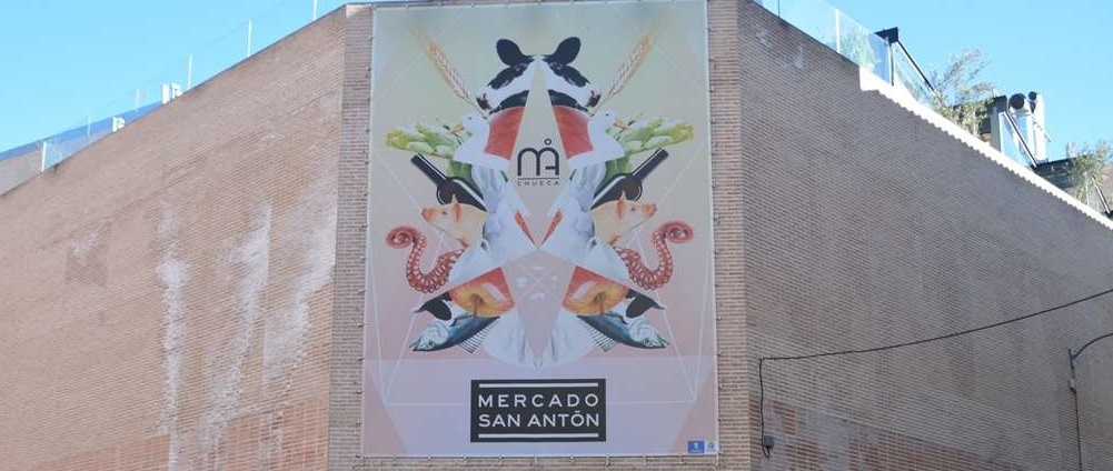 La agrupación de miles de sabores y de olores: el Mercado San Antón