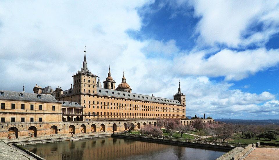 Viaja al siglo XVI en el Tren de Felipe II